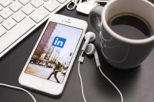Linkedin-online-social-network-socialfabriek
